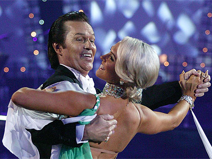 "John Rowles e Krystal Stuart nello show ""Dancing with the stars"", 2009"